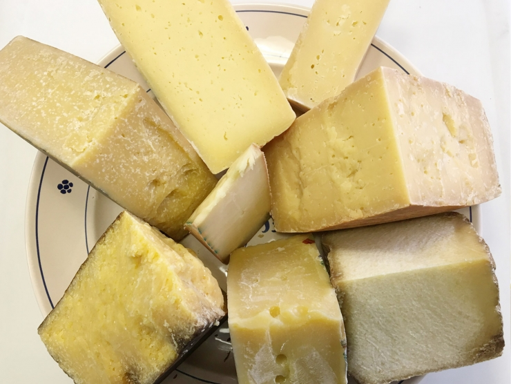 Valori dei consumatori e scelte di acquisto per un formaggio alpino prodotto con certificazioni di sostenibilità